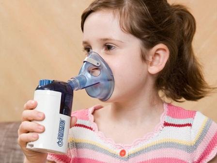 Hậu quả khôn lường khi lạm dụng máy xông họng quá nhiều