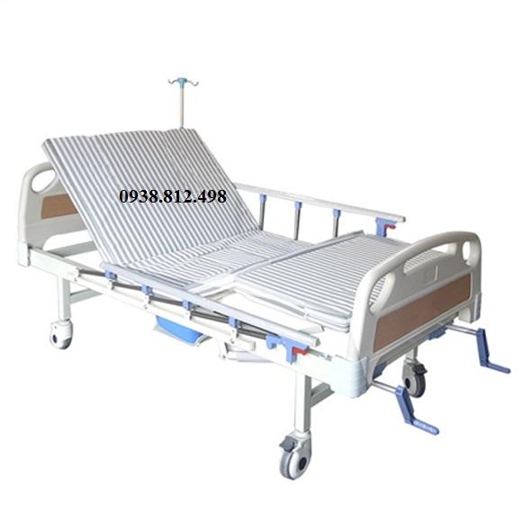 Giường bệnh nhân 2 tay quay Nikita DCN02